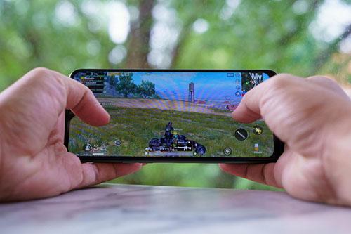 Gợi ý 5 điện thoại chơi game giá tầm trung đáng mua nhất - Ảnh 7.