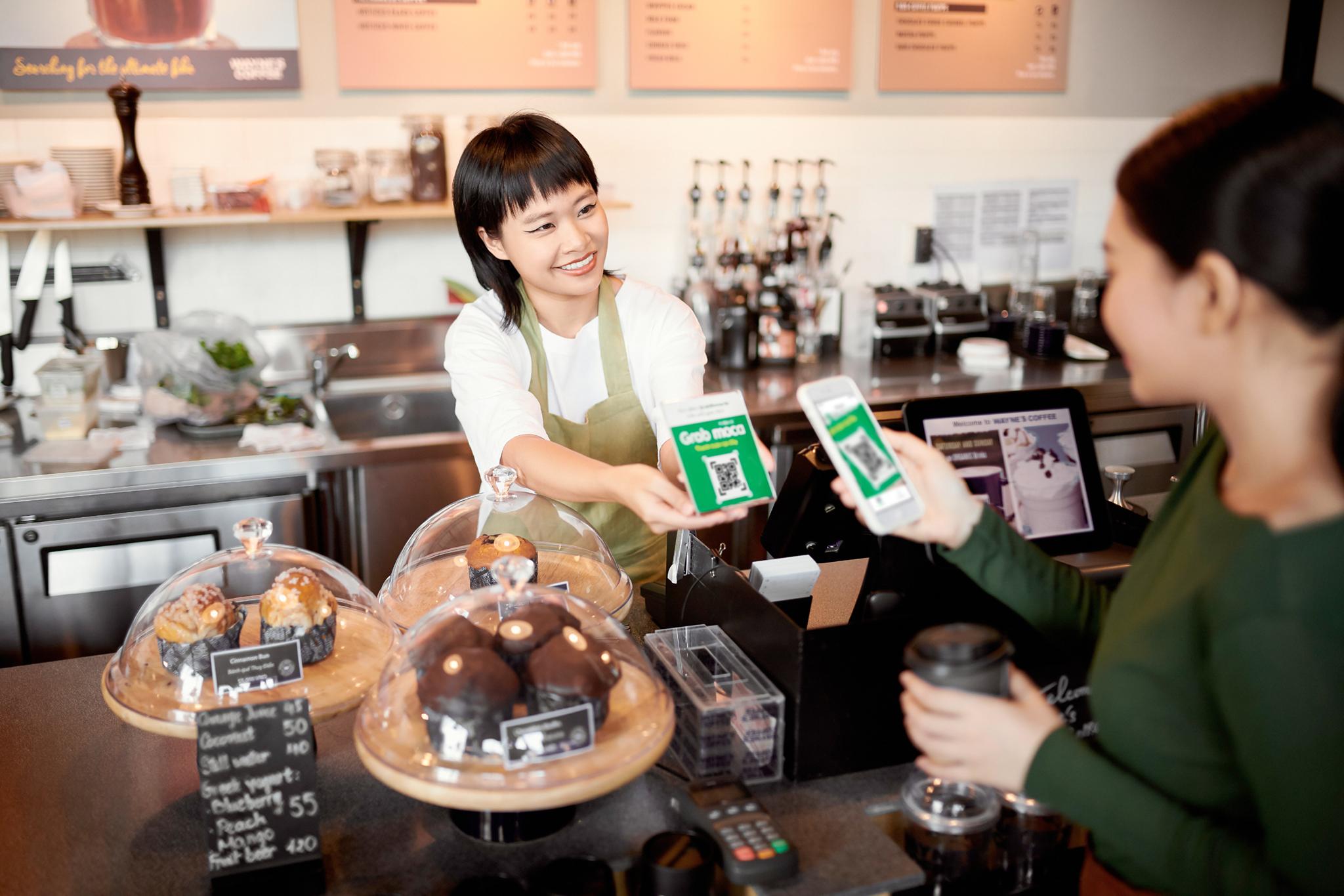 Grab và Moca tung chương trình Thứ Năm Không Tiền Mặt, khuyến khích người dùng thanh toán không dùng tiền mặt trong dịch Covid-19