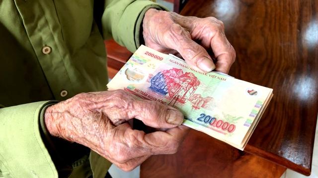 Đà Nẵng đã chi hơn 124 tỉ đồng hỗ trợ người dân khó khăn do dịch COVID-19 - Ảnh 1.