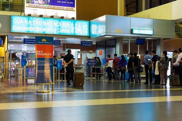 Sẽ sắp xếp 2 chuyến bay đi Hà Nội, TP HCM cho du khách mắc kẹt ở Đà Nẵng - Ảnh 1.