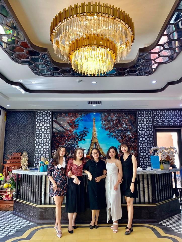 Hoàn trả 100% tiền cọc, nhiều khách sạn ở Hạ Long 'ghi điểm' với du khách - Ảnh 2.