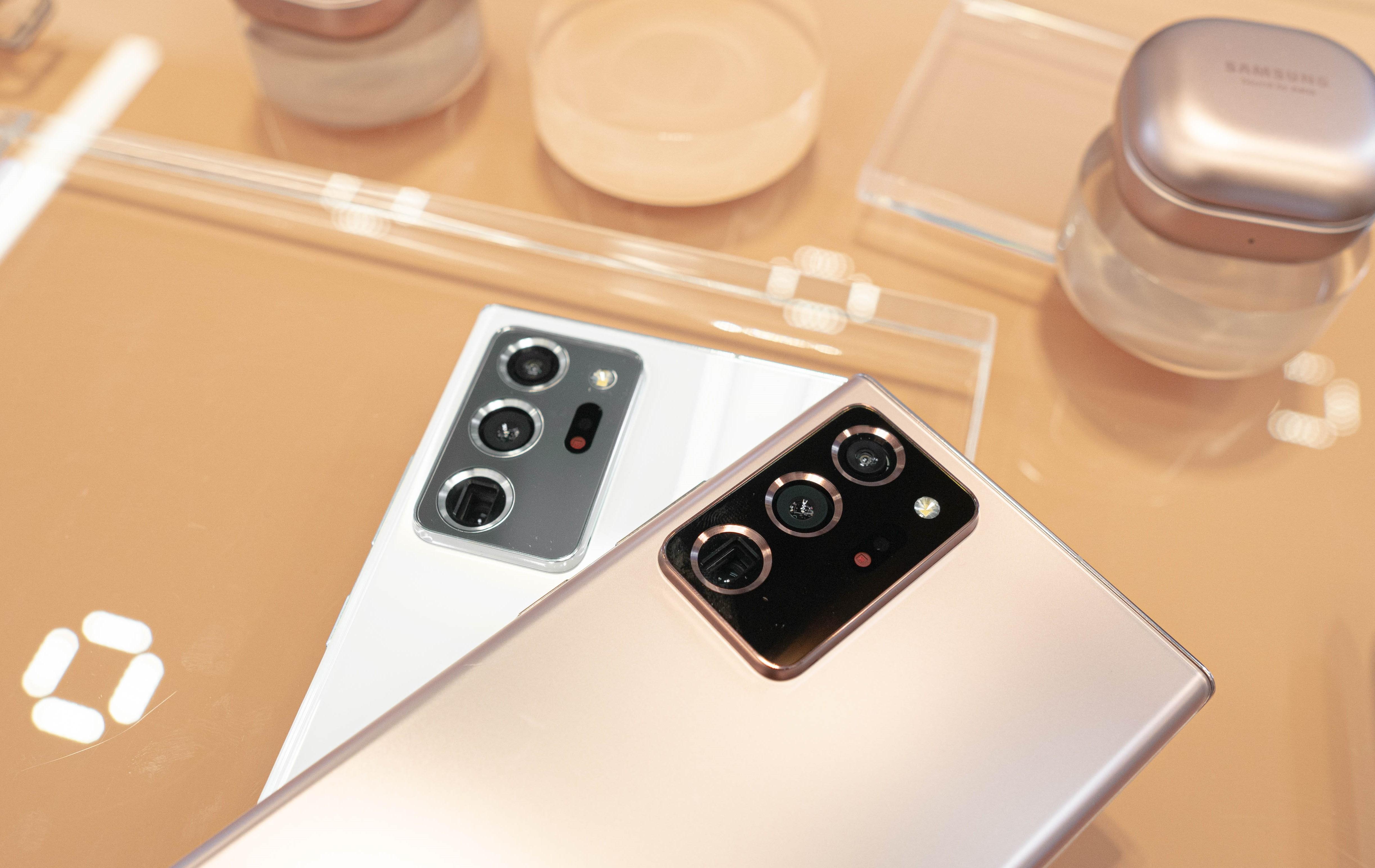 FPT Shop triển khai thu cũ đổi mới cho khách hàng đặt Samsung Galaxy Note 20 - Ảnh 1.