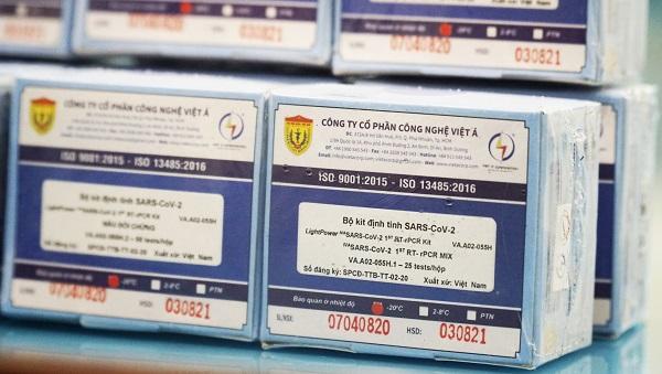 Hà Nội được cấp 10.000 bộ kit xét nghiệm cao cấp nhất để chống dịch COVID-19 - Ảnh 1.