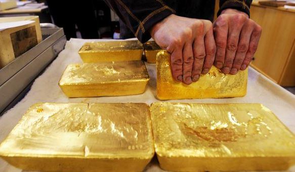 Giá vàng hôm nay 7/8: Tăng và chưa có dấu hiệu dừng lại dù đã vượt mốc 62 triệu đồng/lượng - Ảnh 2.
