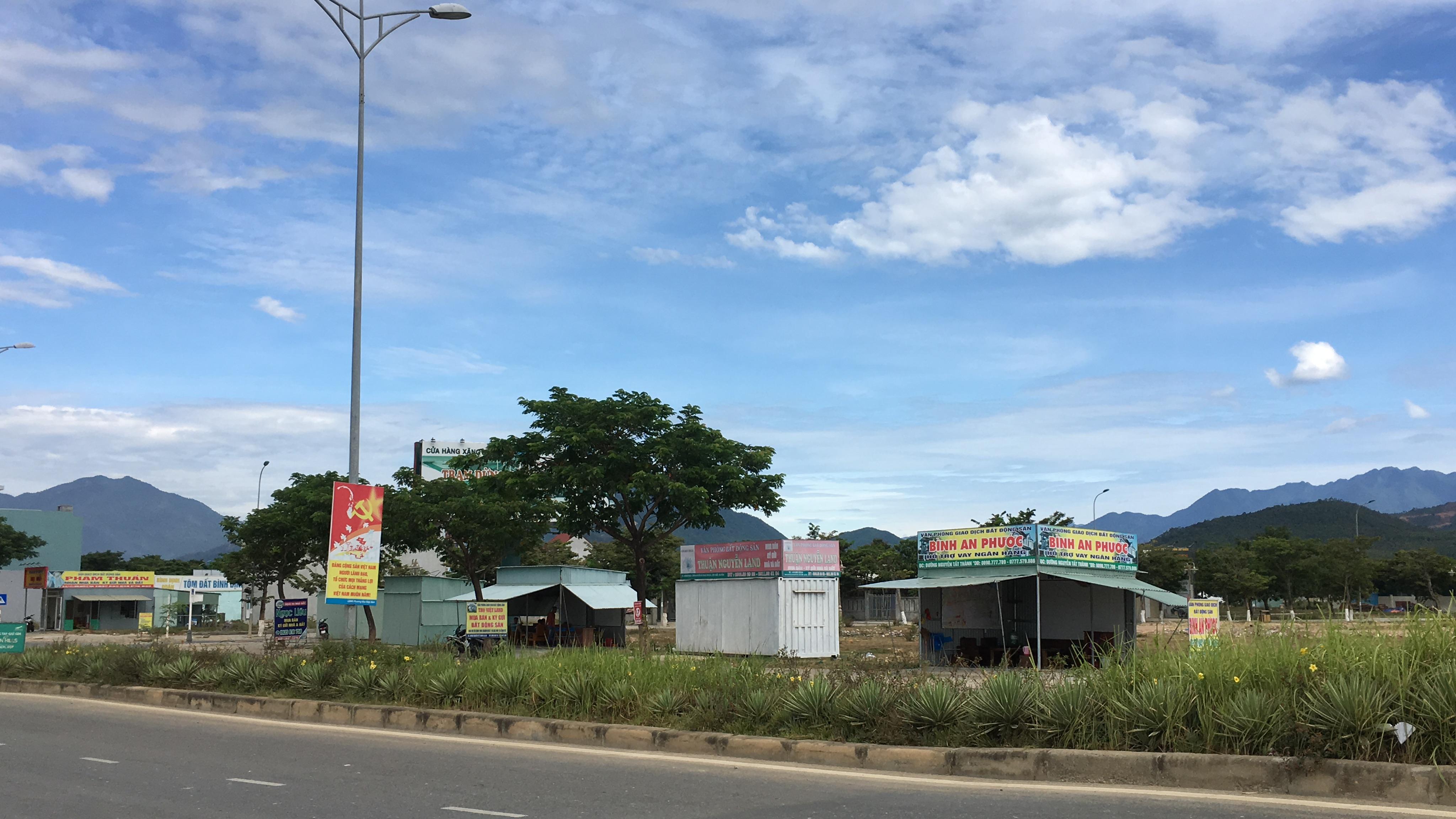 Đất Đà Nẵng giảm hơn tỉ đồng/lô nhưng người có nhu cầu khó mua nổi - Ảnh 2.