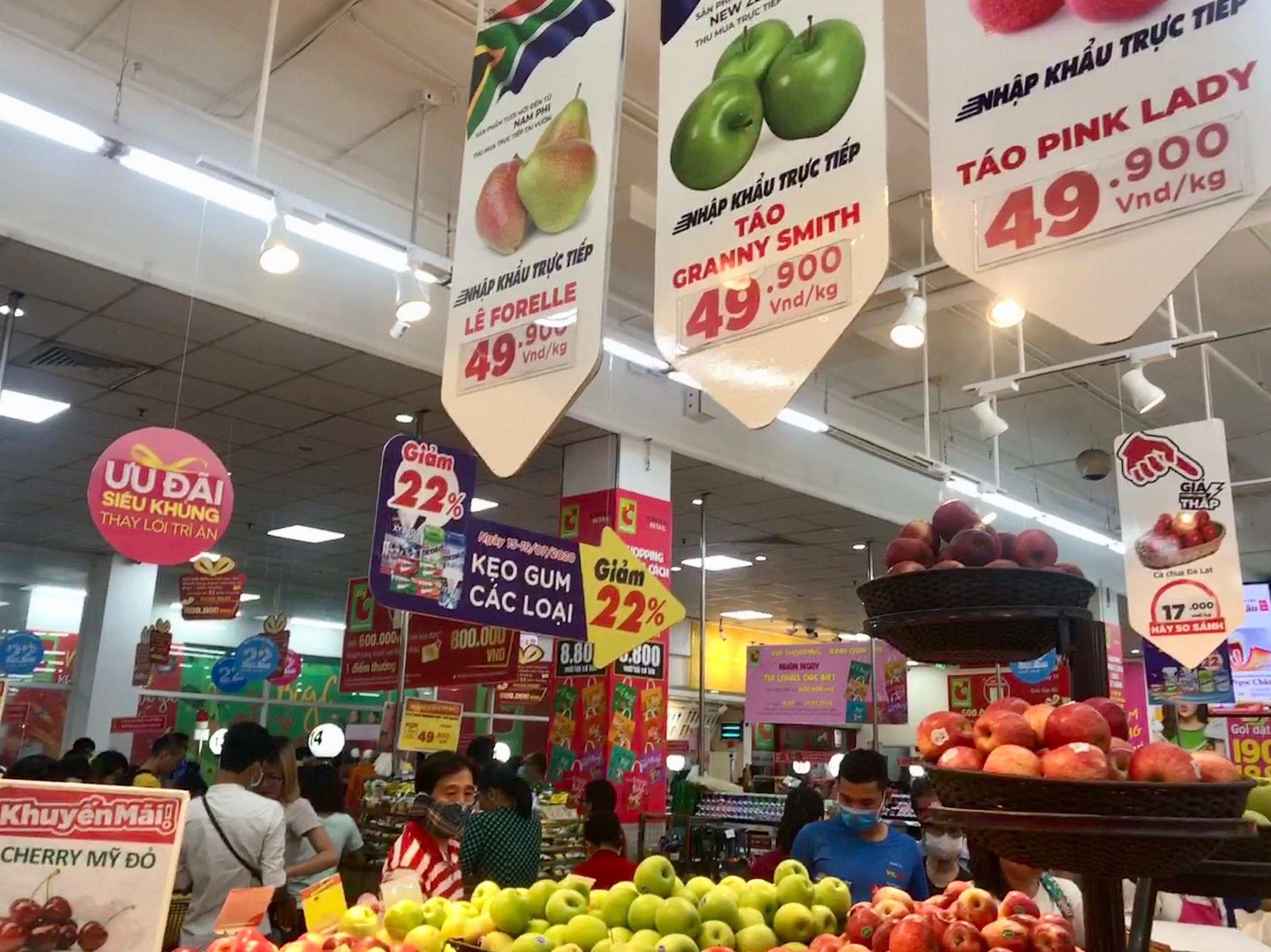 Việt Nam giảm chi tiền cho rau quả nhập khẩu - Ảnh 1.