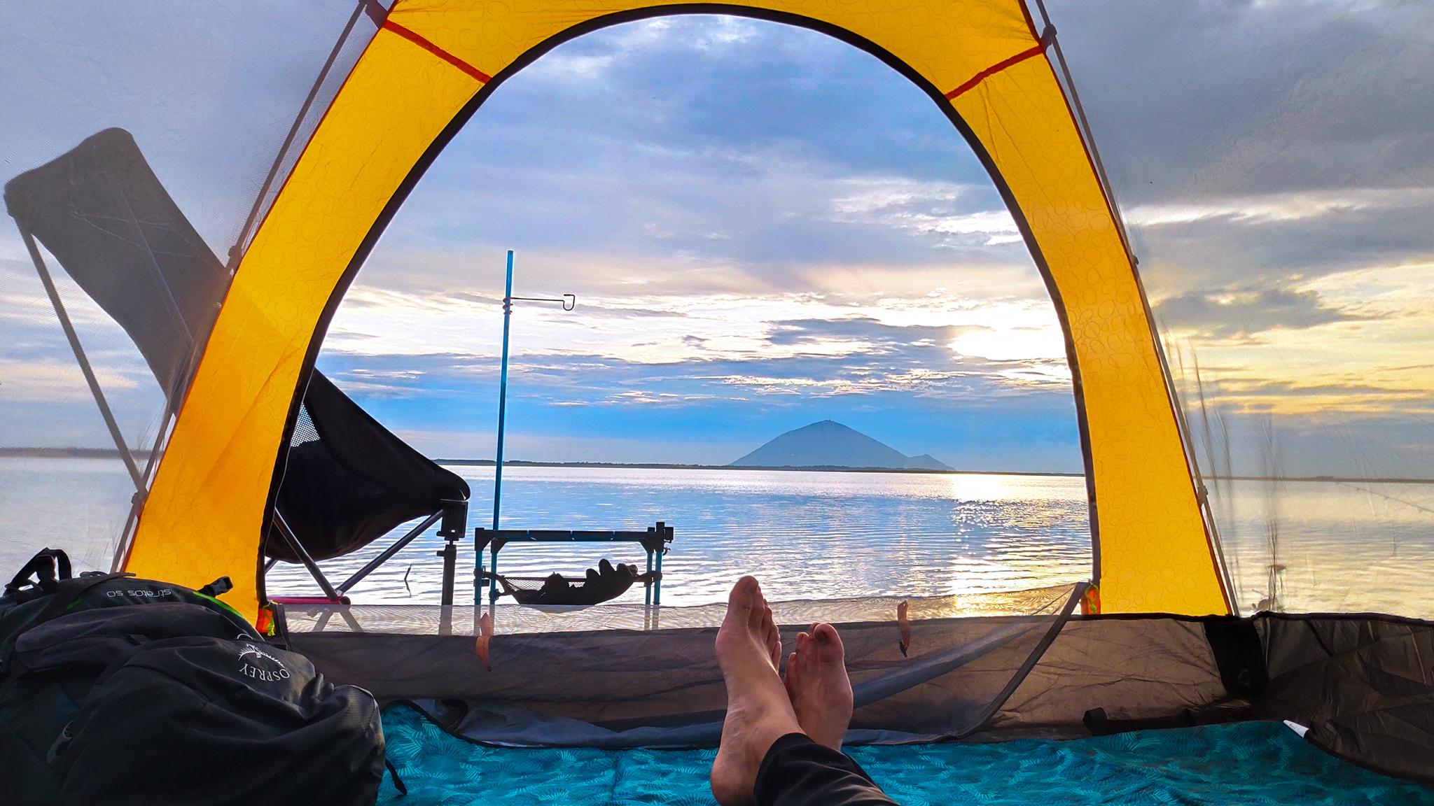 Đến hồ Dầu Tiếng, chiêm ngưỡng cảnh đẹp hút hồn tại địa điểm cắm trại hot nhất Tây Ninh  - Ảnh 10.