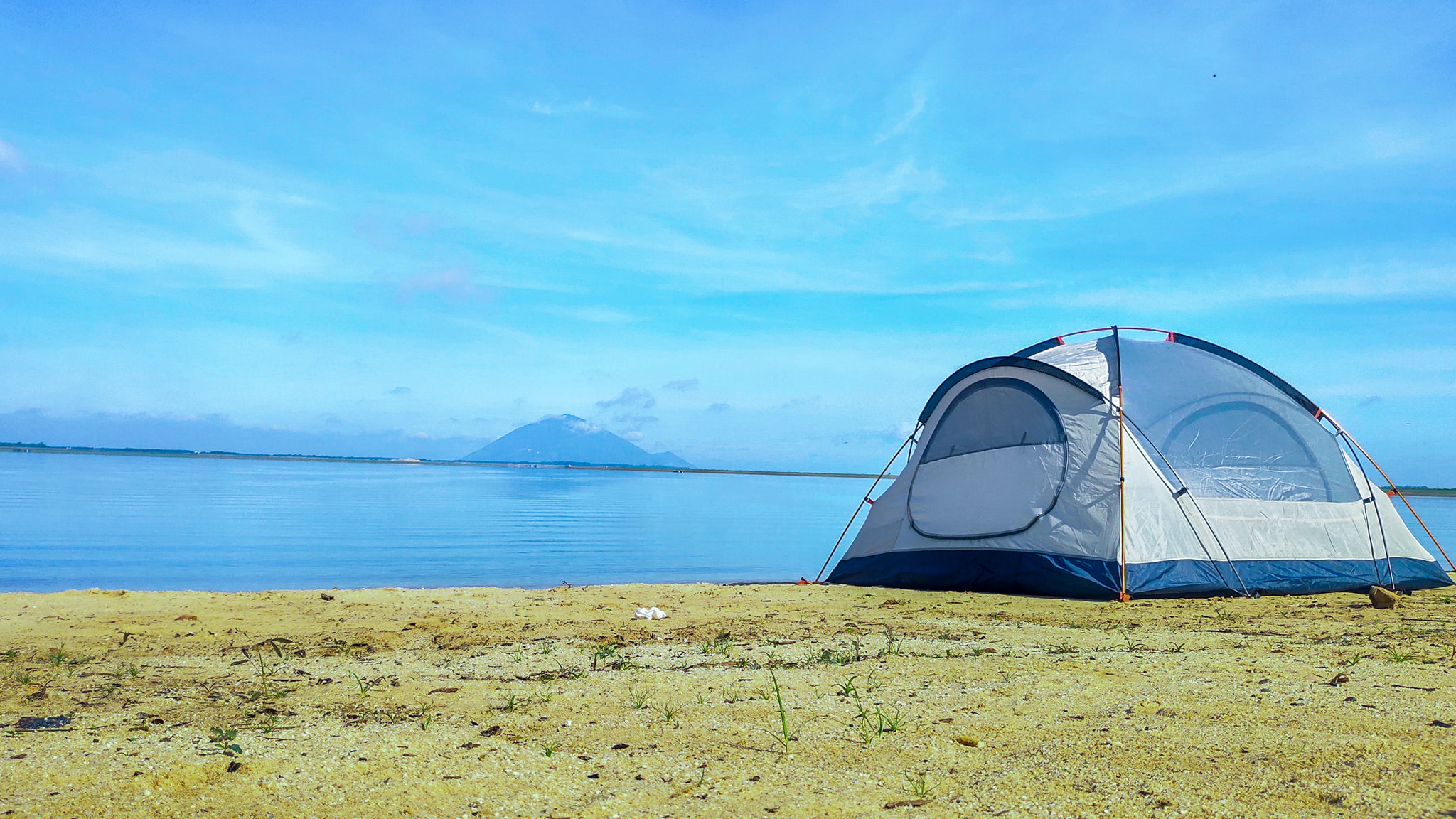 Đến hồ Dầu Tiếng, chiêm ngưỡng cảnh đẹp hút hồn tại địa điểm cắm trại hot nhất Tây Ninh  - Ảnh 4.