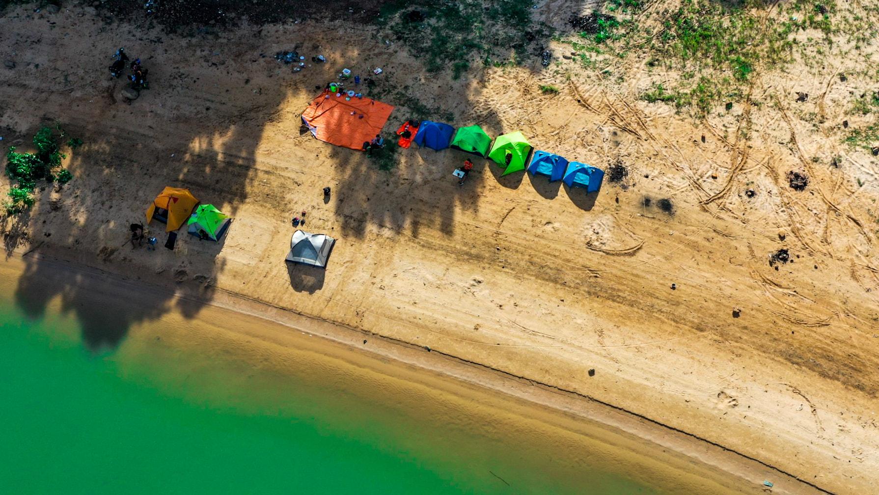 Đến hồ Dầu Tiếng, chiêm ngưỡng cảnh đẹp hút hồn tại địa điểm cắm trại hot nhất Tây Ninh  - Ảnh 3.