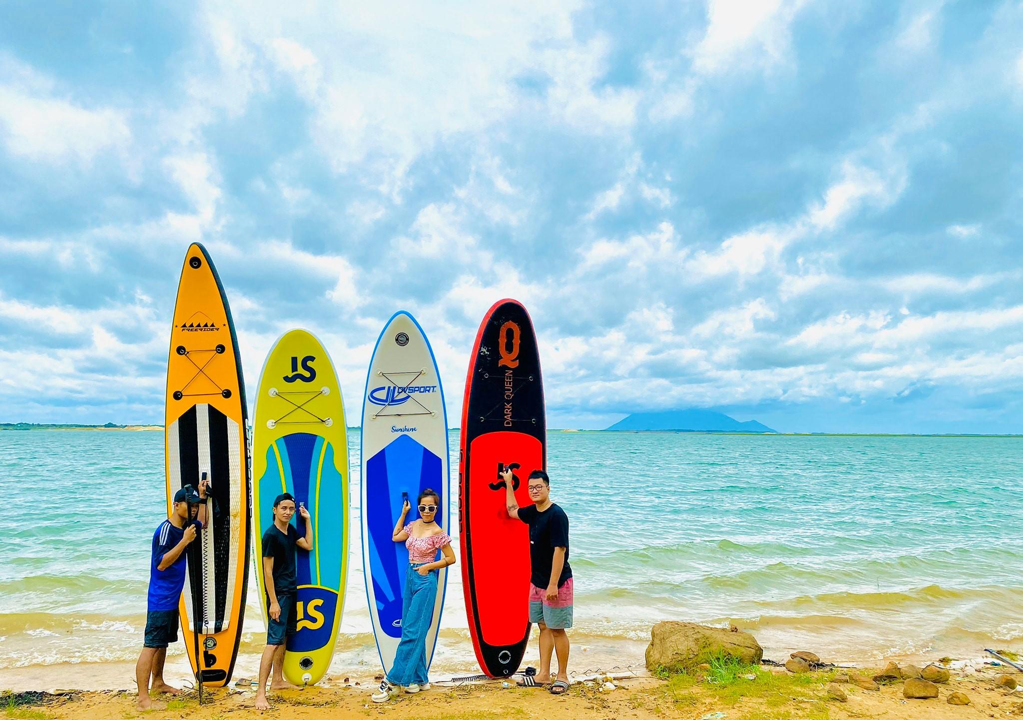 Đến hồ Dầu Tiếng, chiêm ngưỡng cảnh đẹp hút hồn tại địa điểm cắm trại hot nhất Tây Ninh  - Ảnh 12.
