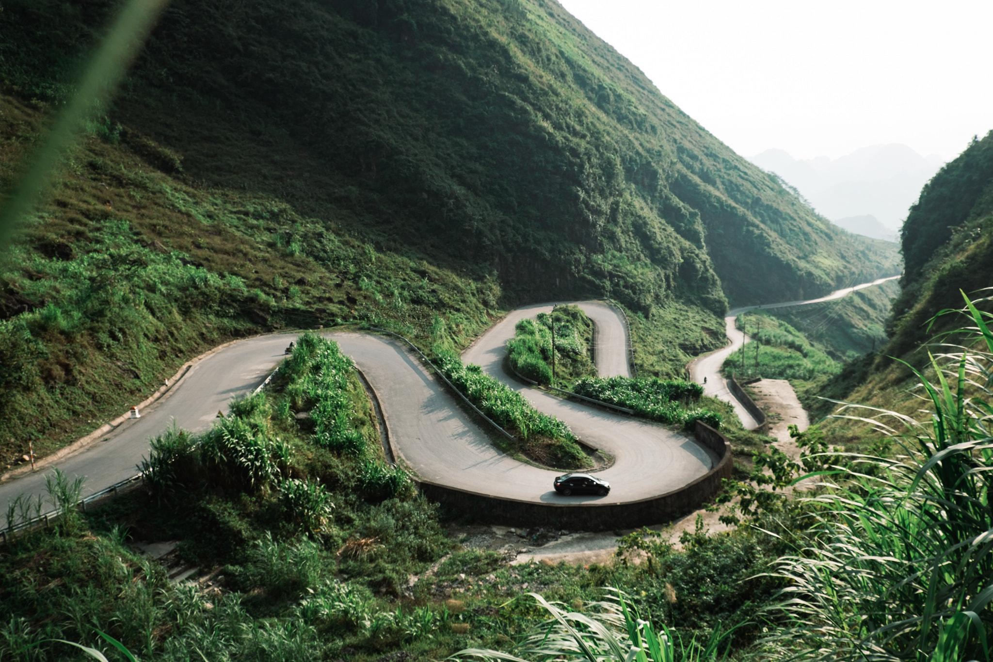 Khám phá Mã Pí Lèng, một trong 'tứ đại đỉnh đèo' của Việt Nam  - Ảnh 1.