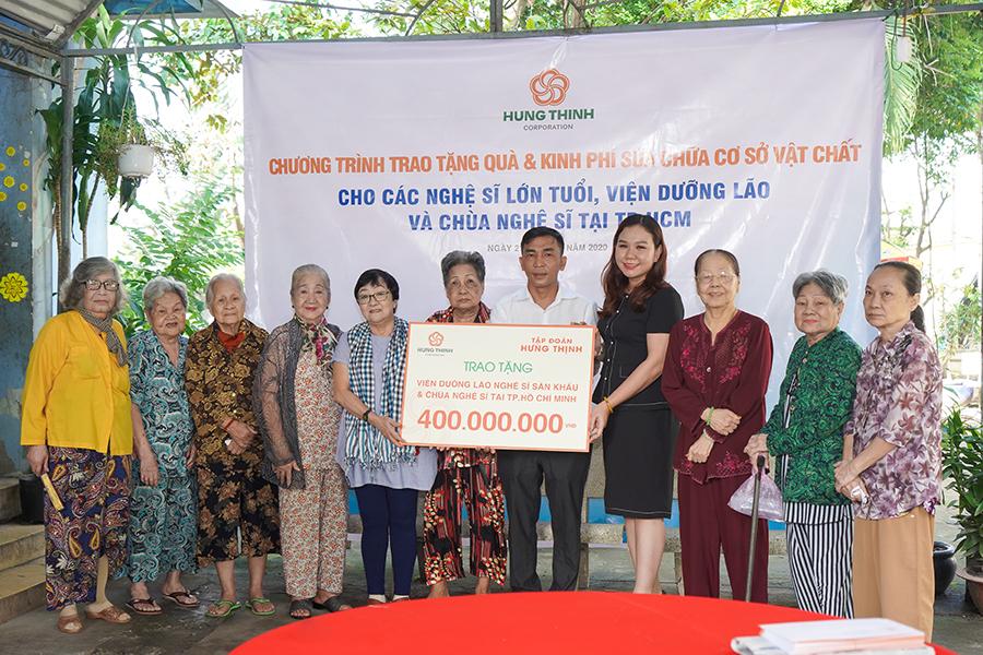 Tập đoàn Hưng Thịnh mang yêu thương đến viện dưỡng lão nghệ sĩ và chùa Nghệ sĩ TP HCM - Ảnh 1.