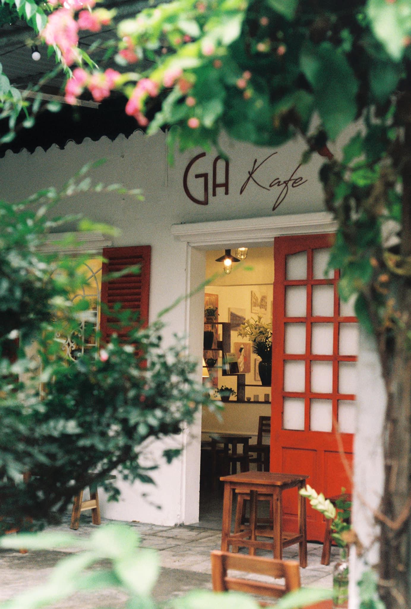 Dịp 20/10, đừng quên rủ nàng đến một trong những địa chỉ cafe lãng mạn ngay dưới đây tại Hà Nội - Ảnh 13.