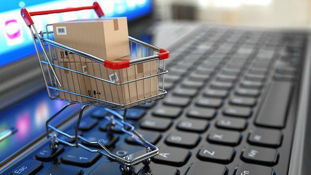Kinh doanh hàng giả, hàng cấm trên website thương mại điện tử sẽ bị phạt tiền cao nhất là 50 triệu đồng - Ảnh 2.