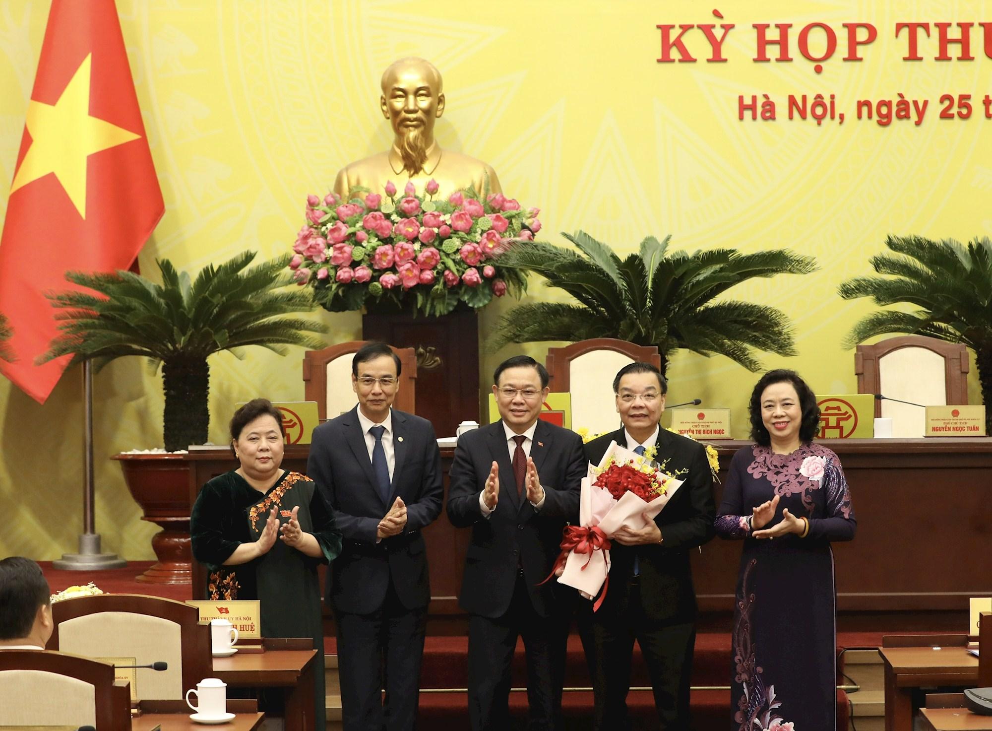 Ông Chu Ngọc Anh chính thức làm Chủ tịch UBND TP Hà Nội - Ảnh 1.