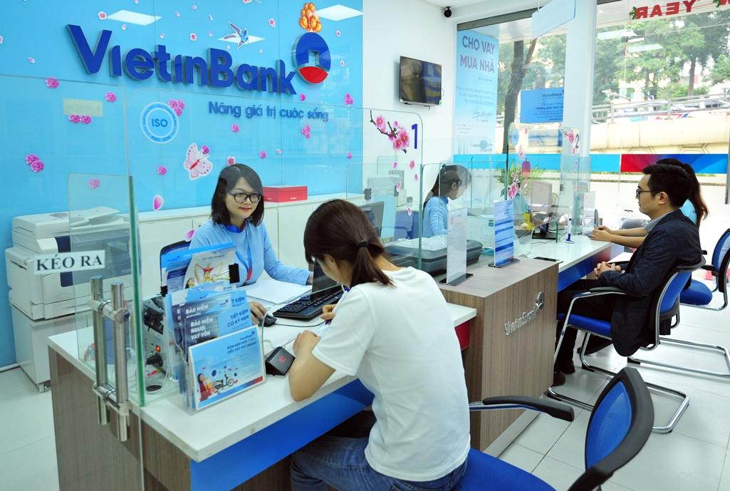 VietinBank có gần 289.000 tỉ đồng dư nợ bị ảnh hưởng bởi COVID-19 - Ảnh 1.