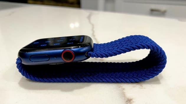 Có nên mua Apple Watch Series 6 vì cảm biến nồng độ oxy trong máu? - Ảnh 4.