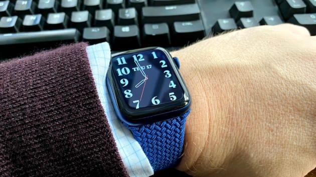 Có nên mua Apple Watch Series 6 vì cảm biến nồng độ oxy trong máu? - Ảnh 8.