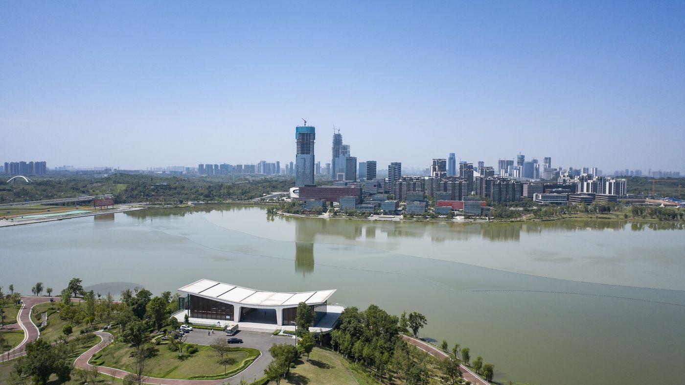 Trung Quốc ra sức xây thành phố sinh thái nhưng chật vật tìm cư dân đến ở - Ảnh 1.