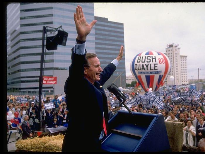 Khẩu hiệu tranh cử của các đời tổng thống Mỹ từ năm 1948 - Ảnh 8.
