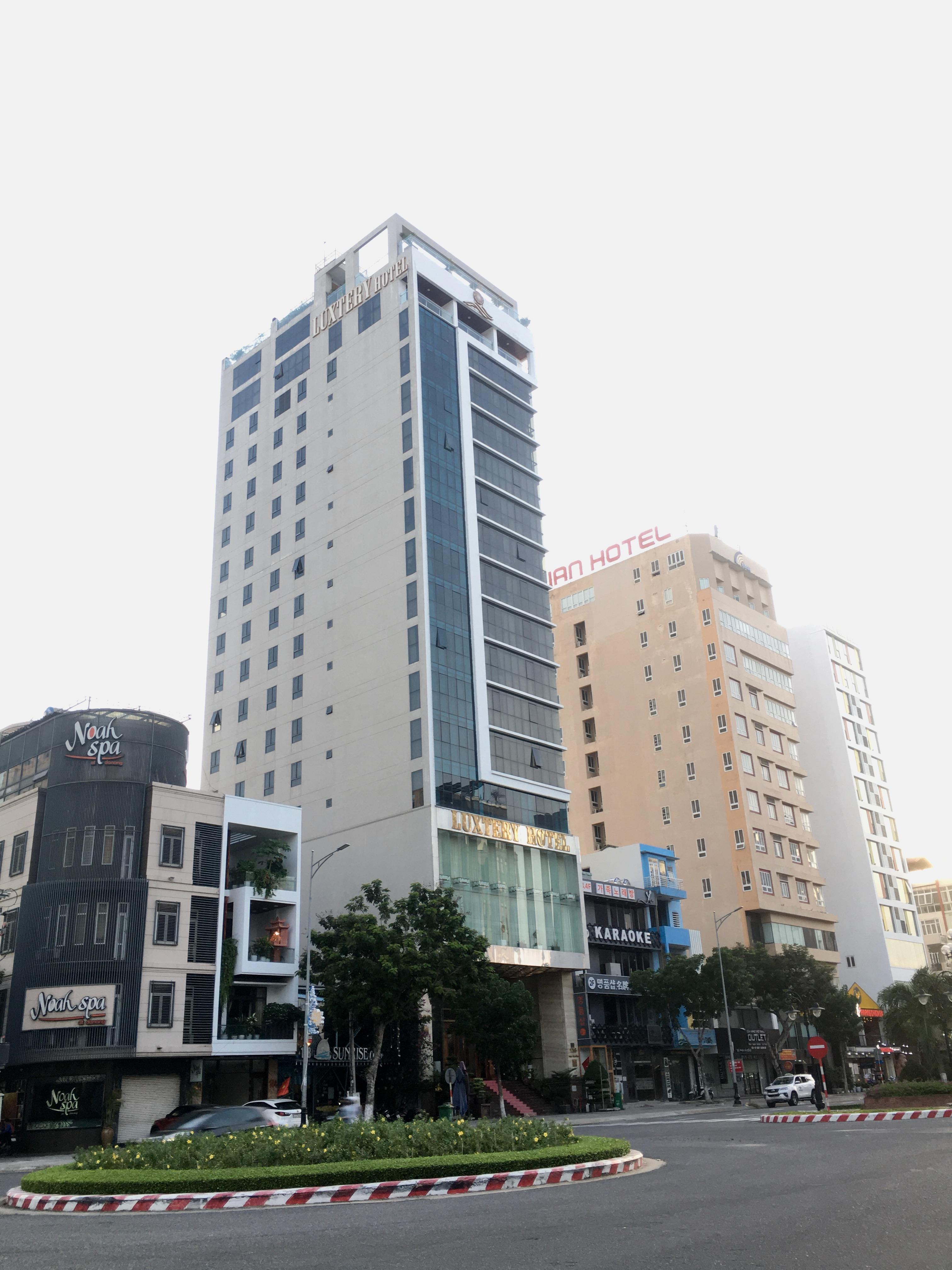 Phố khách sạn Đà Nẵng 'tối đèn', rao bán hàng trăm tỉ đồng - Ảnh 13.