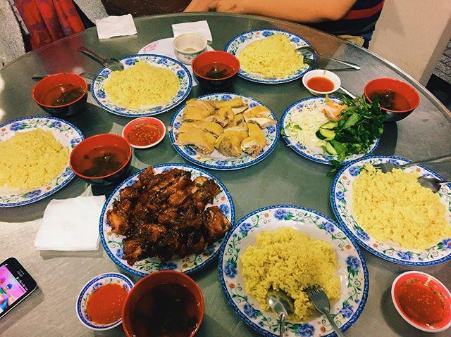 Giữa Phan Rang đầy nắng và gió, thưởng thức món cơm gà thanh mát, thơm ngon - Ảnh 8.