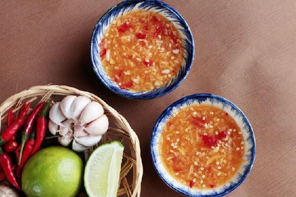 Giữa Phan Rang đầy nắng và gió, thưởng thức món cơm gà thanh mát, thơm ngon - Ảnh 5.