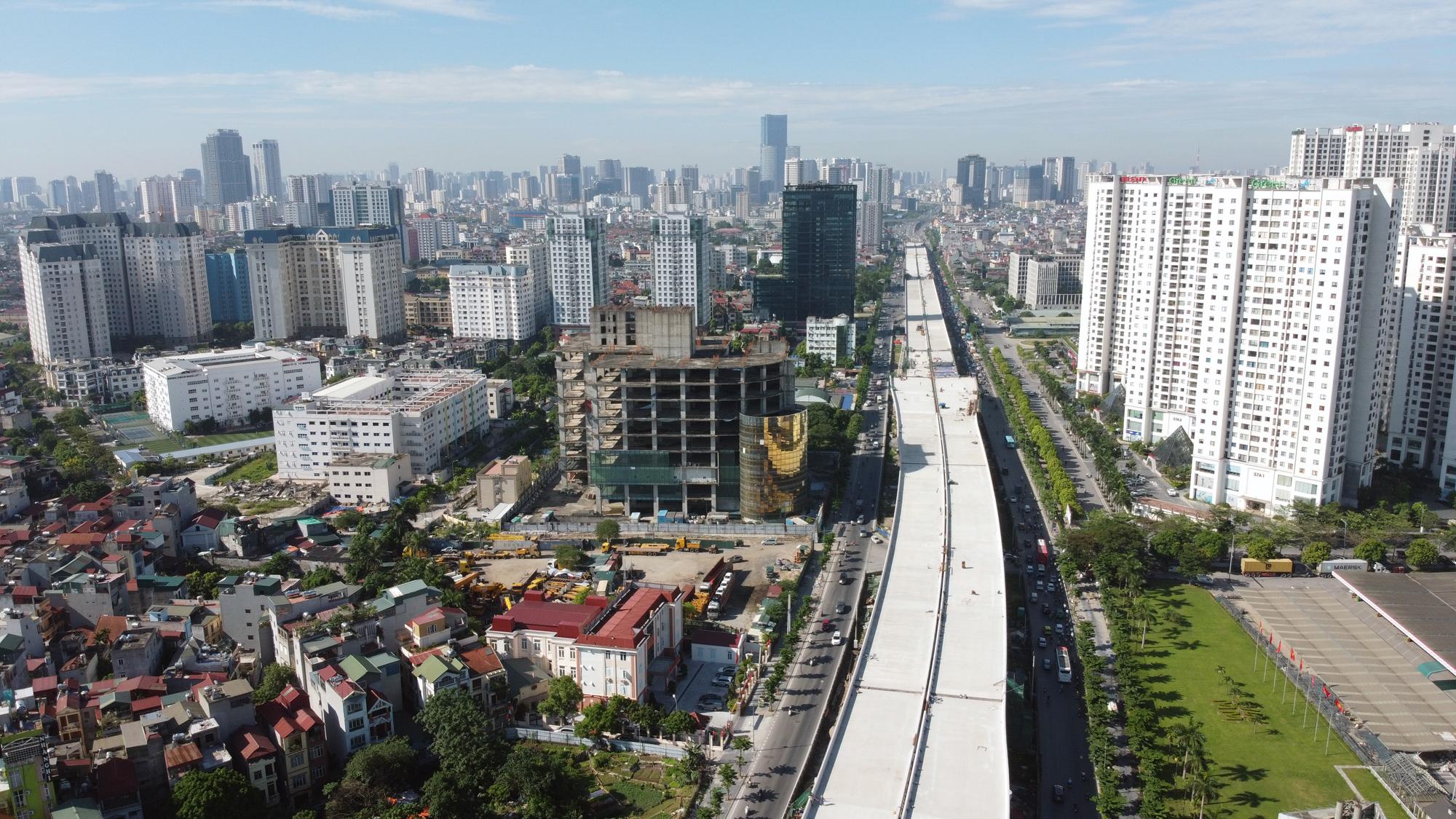 Phó Thủ tướng: Thị trường bất động sản đang mất cân đối cung cầu - Ảnh 1.