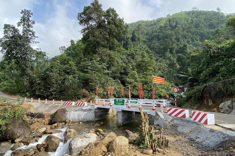Khánh thành hai công trình cầu đập tràn tại Hà Giang trị giá gần 2 tỉ đồng do Grab và người dùng đóng góp