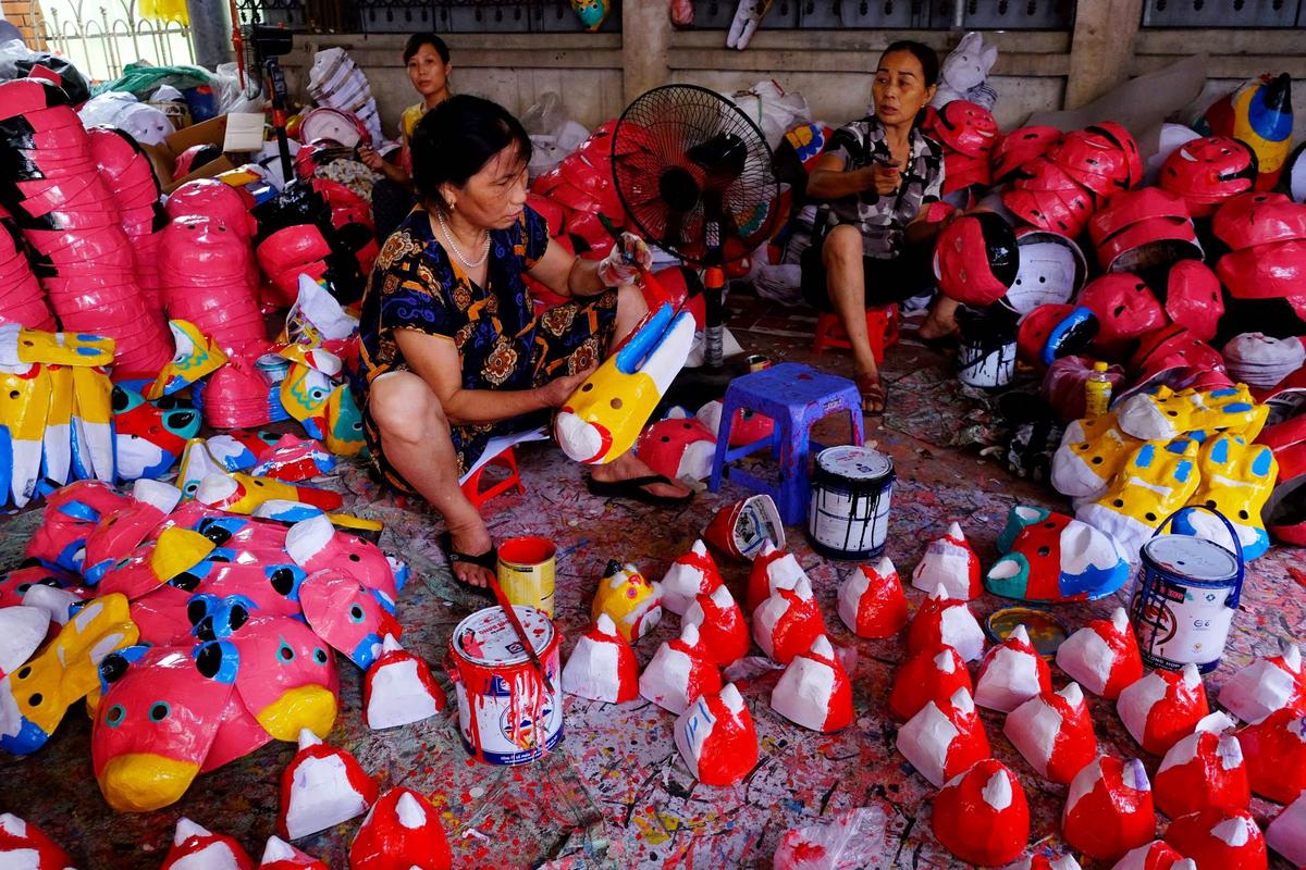 Du lịch dịp Trung Thu: Ghé thăm làng nghề đồ chơi dân gian gần Hà Nội - Ảnh 2.