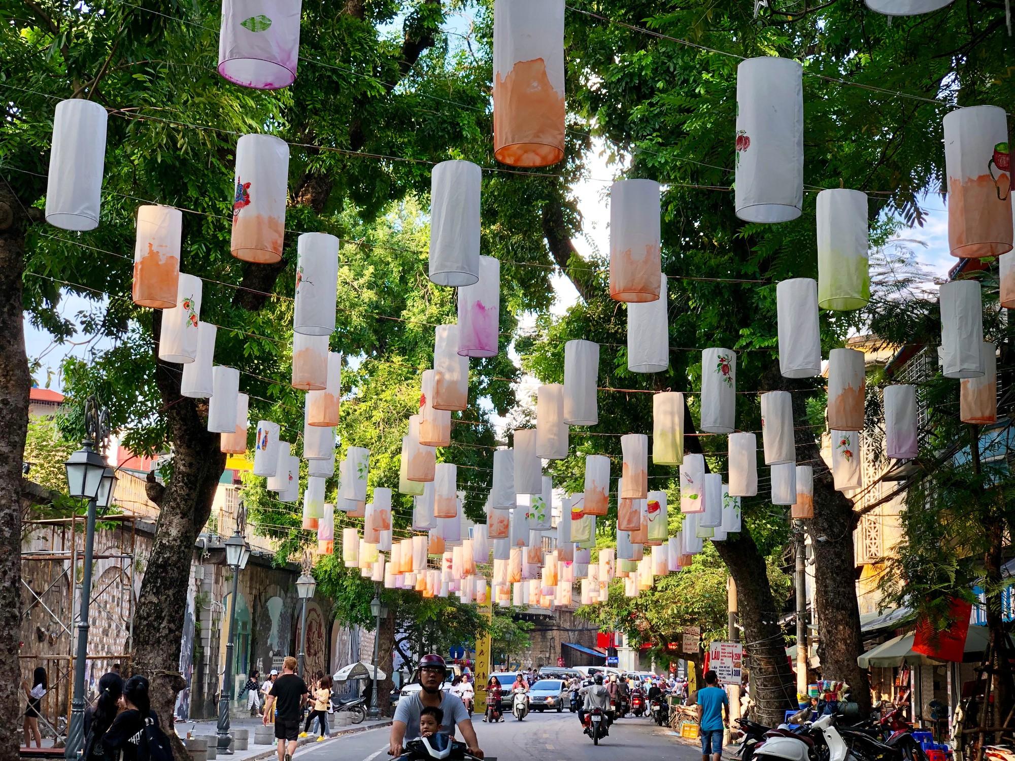 Bật mí loạt địa điểm hẹn hò lãng mạn cho các cặp đôi trong ngày Trung Thu tại Hà Nội  - Ảnh 2.