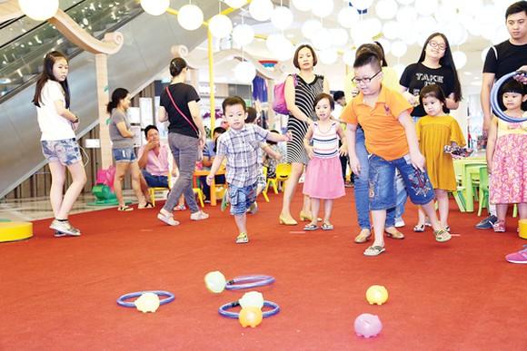 Trẻ em Sài Gòn thỏa sức vui hội trăng rằm miễn phí tại loạt địa điểm thân quen - Ảnh 7.