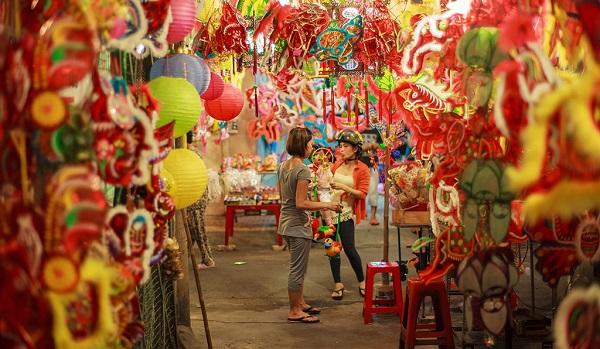 Top 7 địa điểm chụp hình không nên bỏ lỡ trong dịp Trung Thu tại Sài Gòn - Ảnh 3.