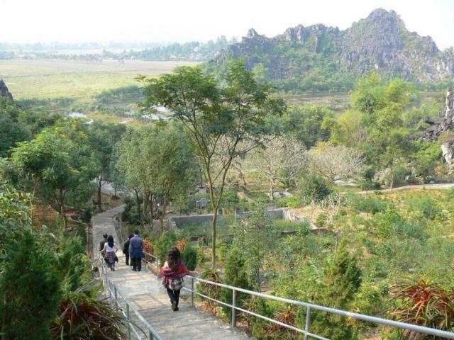 Núi Hàm Rồng Thanh Hoá, điểm đến hấp dẫn của vùng hữu ngạn sông Mã  - Ảnh 5.