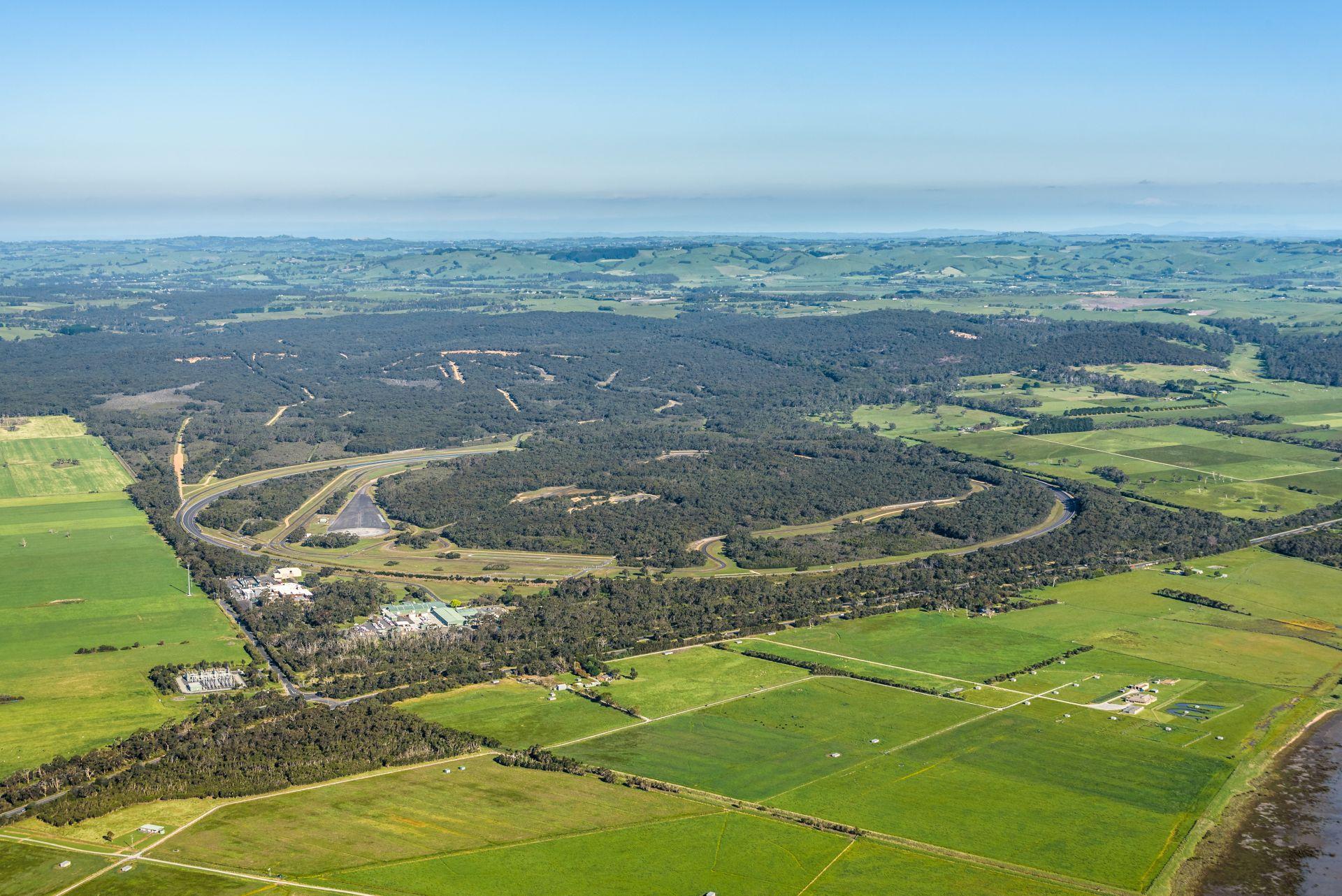 VinFast chính thức mua lại Trung tâm thử nghiệm xe rộng 872ha tại Australia - Ảnh 4.
