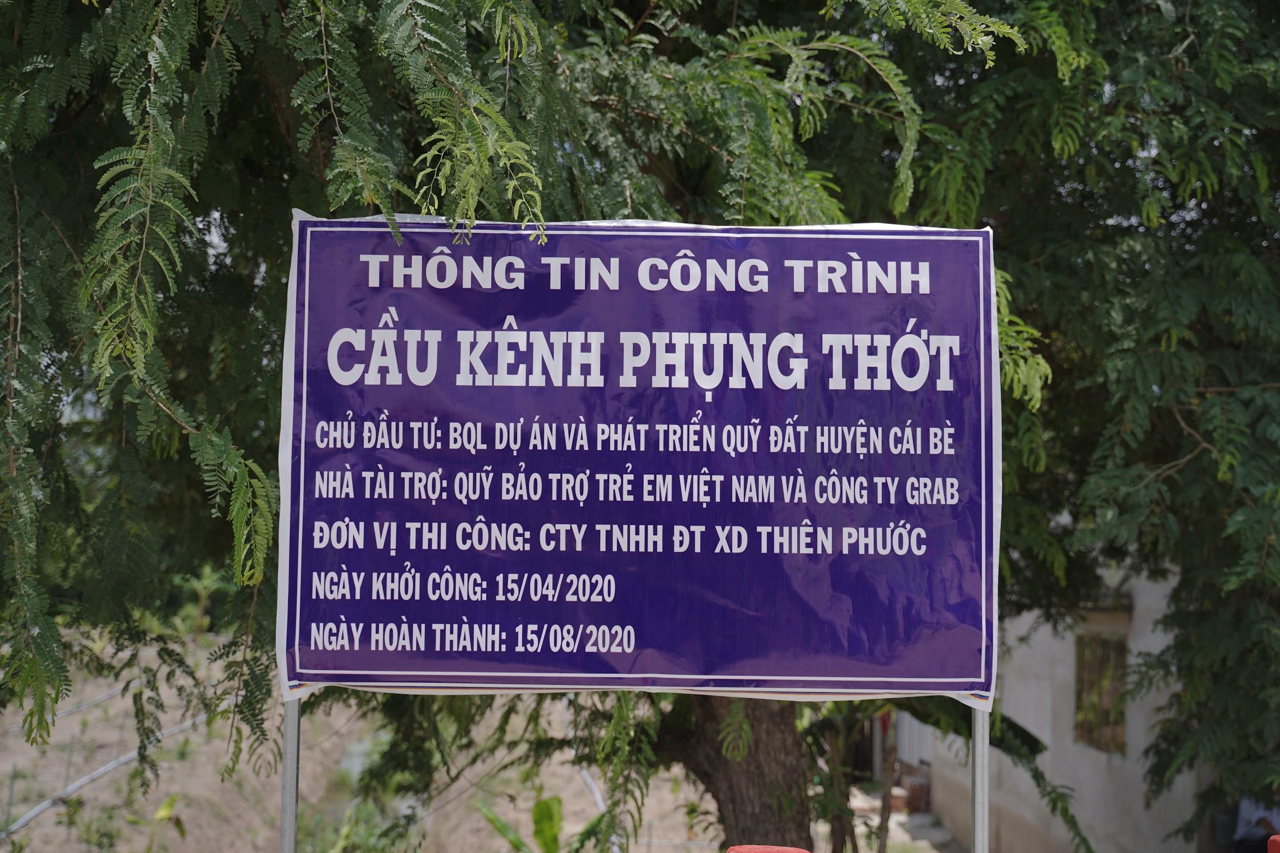 Cây cầu mới chắp bước niềm vui đến trường của trẻ em vùng sâu Tiền Giang - Ảnh 1.