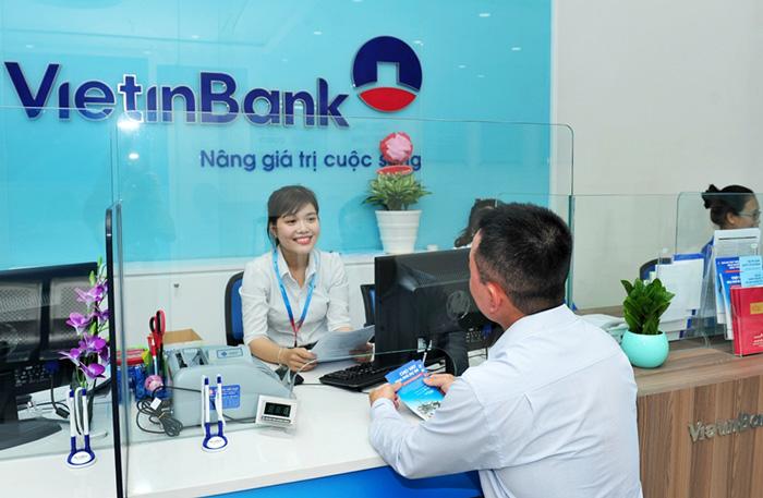Ngân hàng dự kiến 'nới lỏng nhẹ' tiêu chuẩn tín dụng trong năm 2021  - Ảnh 1.