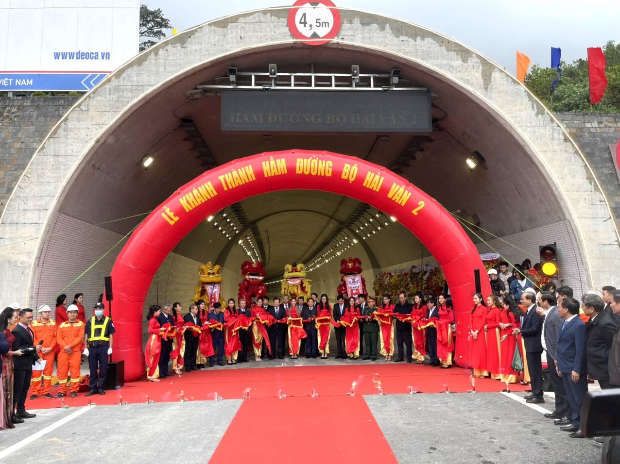 Tập đoàn Đèo Cả cho hầm Hải Vân 2 hoạt động 20 ngày rồi đóng cửa - Ảnh 1.
