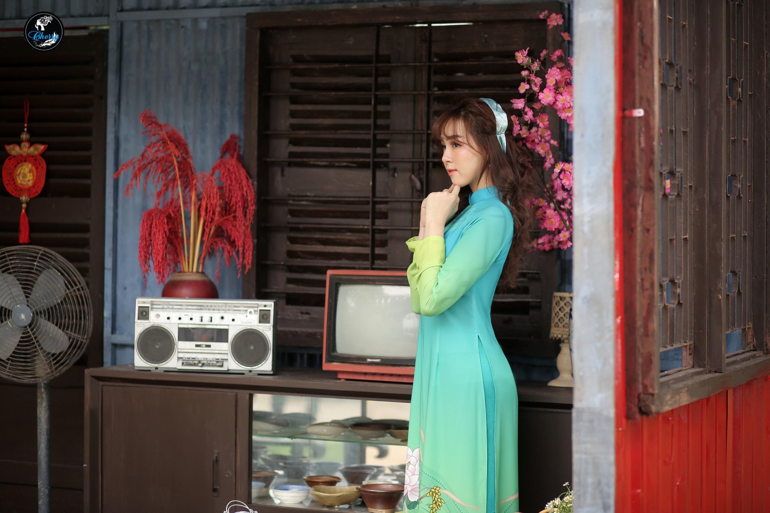 Lưu ngay 5 địa chỉ chụp ảnh áo dài Tết cực lung linh ở Sài Gòn - Ảnh 27.