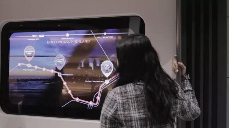 LG công bố TV màn hình trong suốt thế hệ mới 2021 - Ảnh 1.