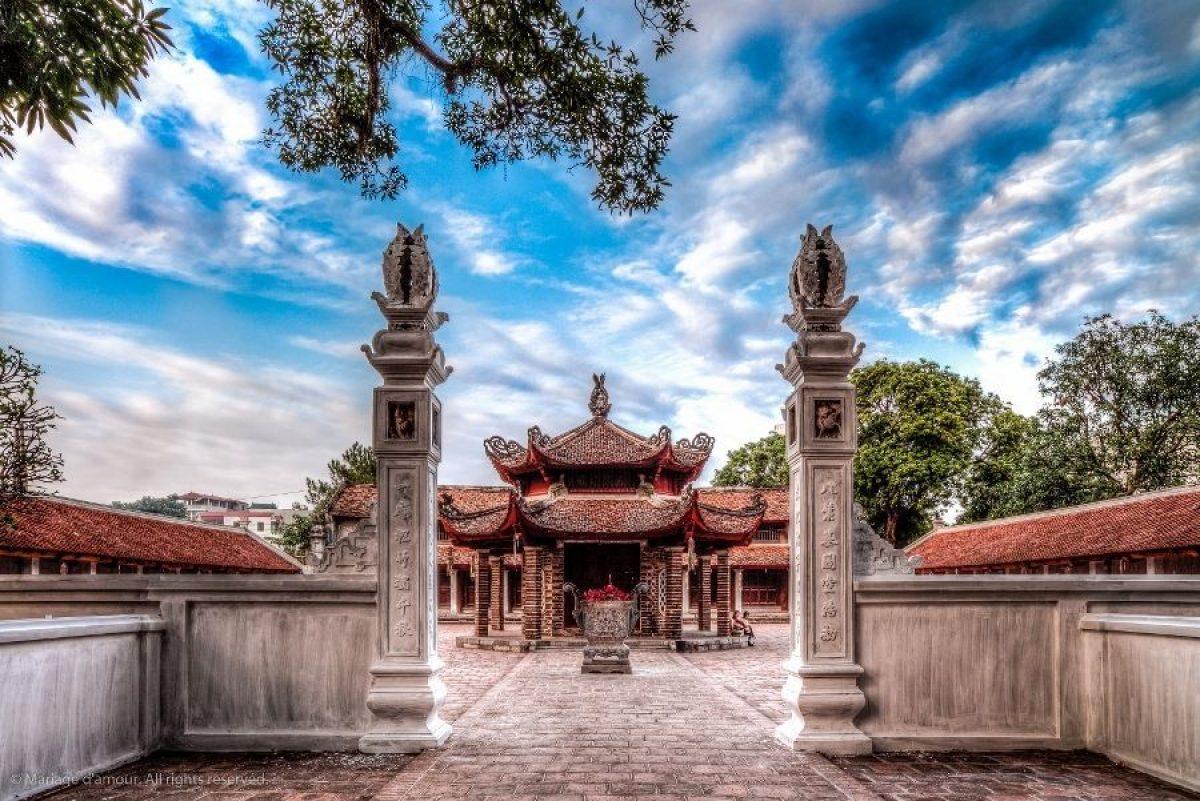 Đi chùa ngày đầu năm, cầu bình an tại những địa điểm tâm linh nổi tiếng ở Hà Nội và TP HCM  - Ảnh 5.