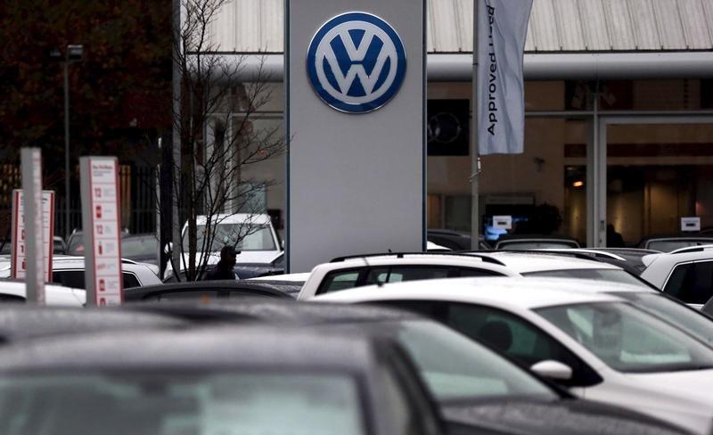 VW và Audi giảm sản lượng ô tô và nhân sự vì thiếu hụt phụ tùng - Ảnh 1.
