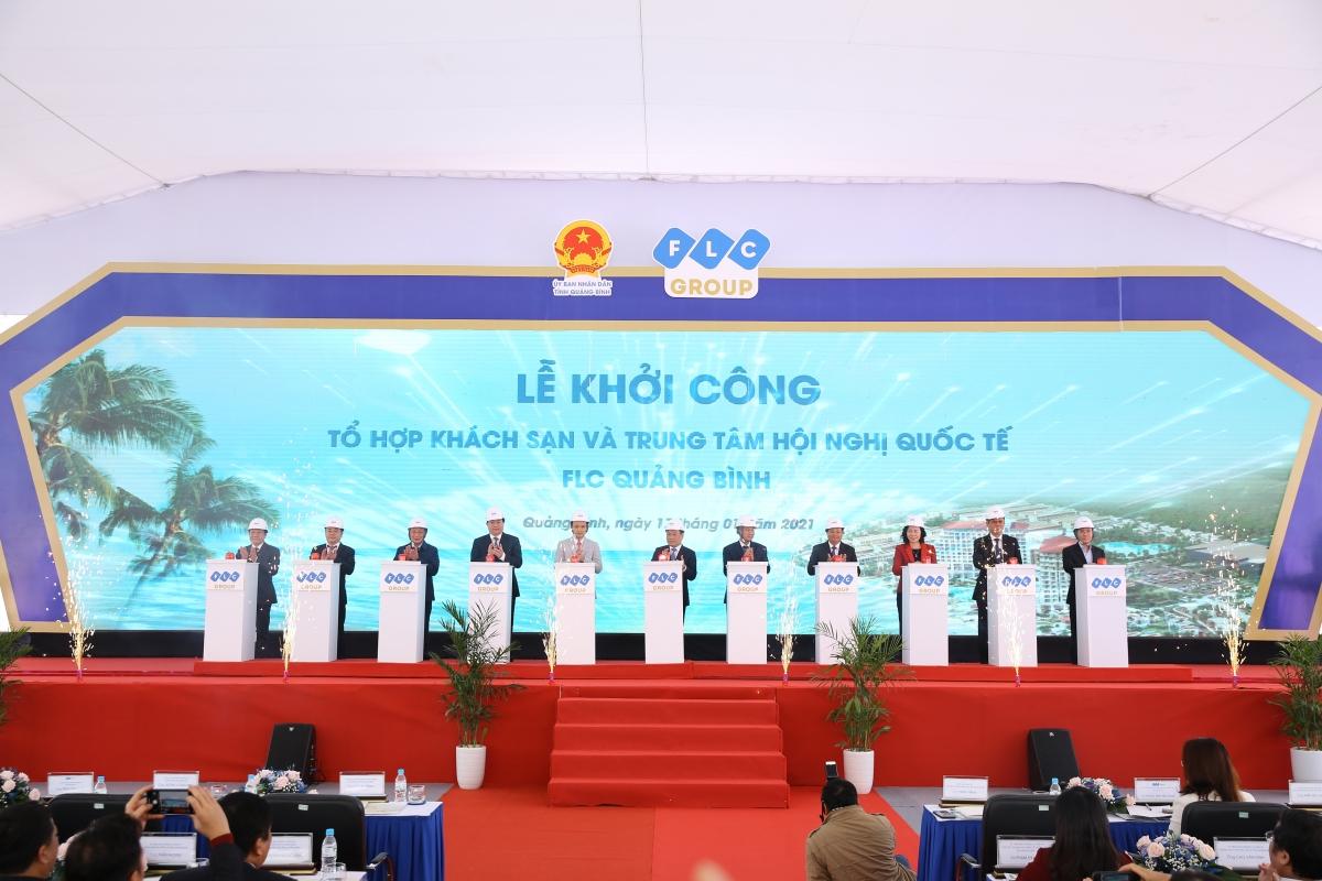 Nghi thức khởi công Tổ hợp Khách sạn và Trung tâm Hội nghị Quốc tế FLC Quảng Bình. (Ảnh: VOV).