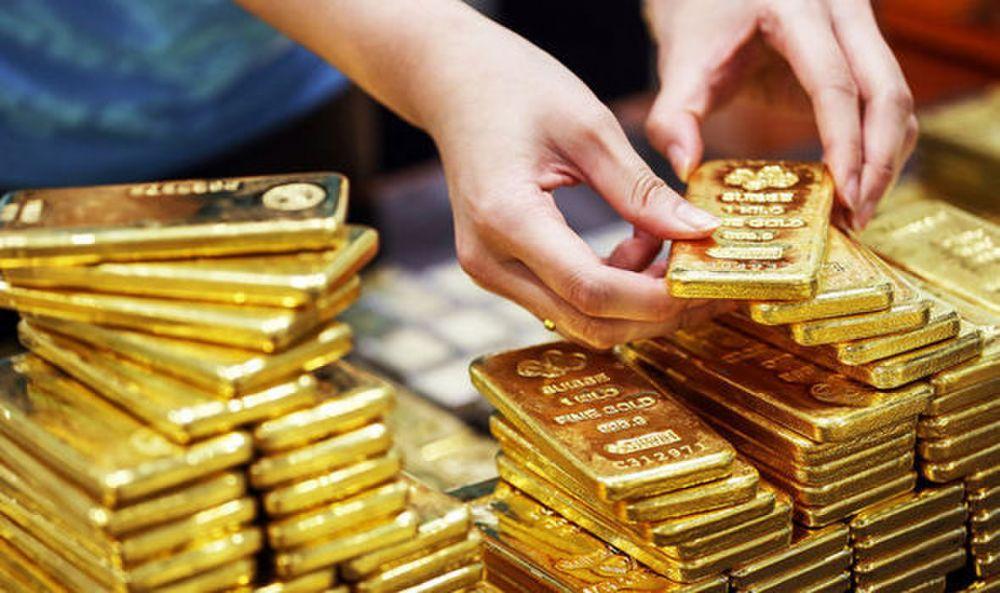 Giá vàng hôm nay 4/1: SJC bật tăng 350.000 đồng/lượng trong phiên giao dịch đầu tuần - Ảnh 1.