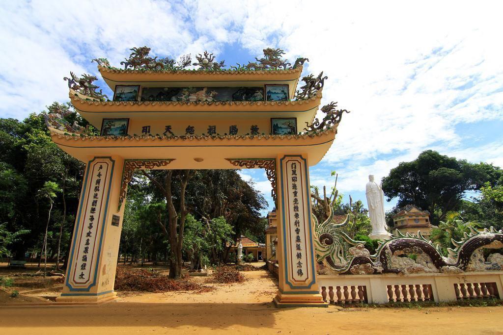 Ghé thăm núi Thiên Ấn, 'đệ nhất phong cảnh' của tỉnh Quảng Ngãi   - Ảnh 3.