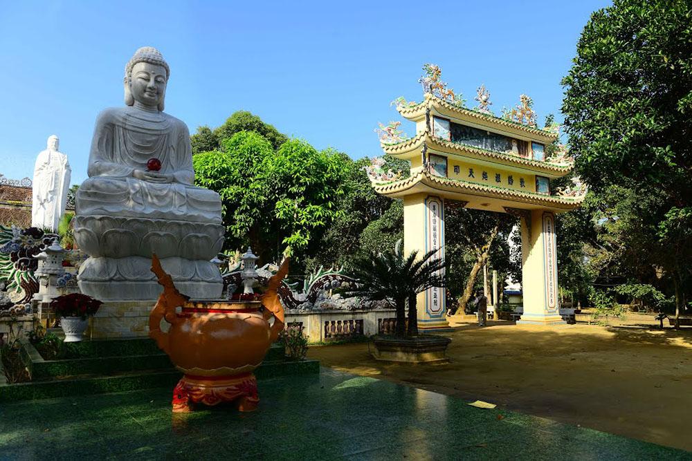Ghé thăm núi Thiên Ấn, 'đệ nhất phong cảnh' của tỉnh Quảng Ngãi   - Ảnh 4.