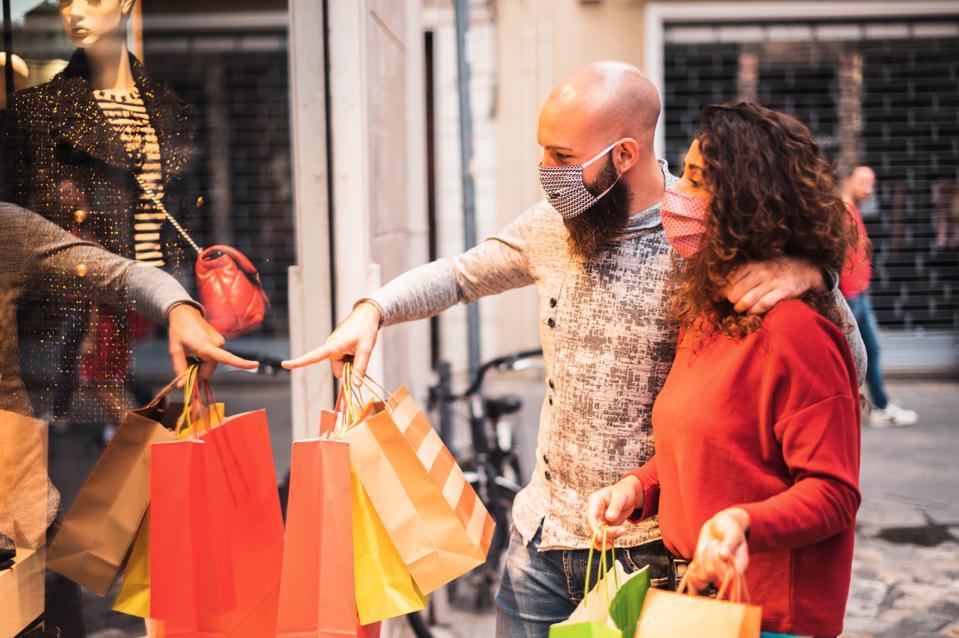 5 cách đơn giản để thoải mái 'mặc cả' và mua sắm tiết kiệm - Ảnh 1.