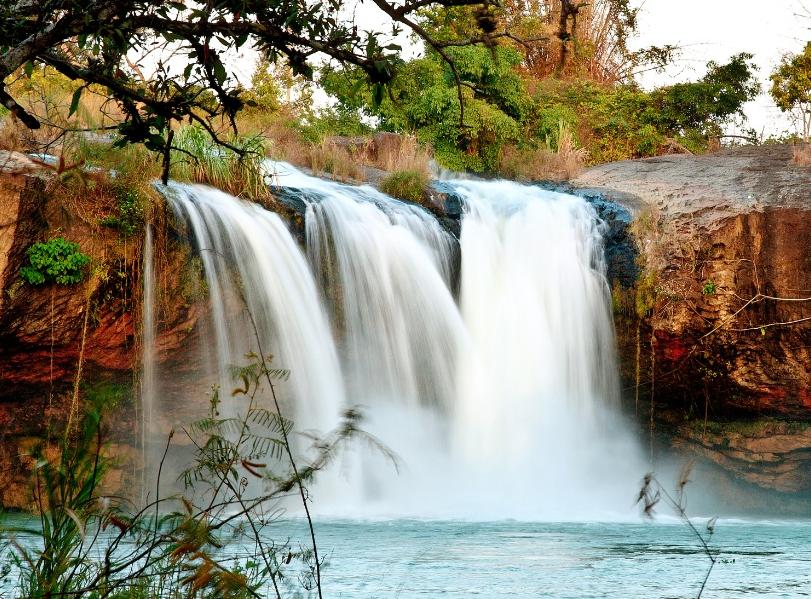 Mê mẩn vẻ đẹp Tây Nguyên hoang sơ, hùng vĩ của thác D'ray Sap - Ảnh 2.