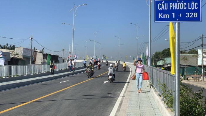 TP HCM thông xe cầu Phước Lộc hơn 400 tỷ đồng - Ảnh 1.