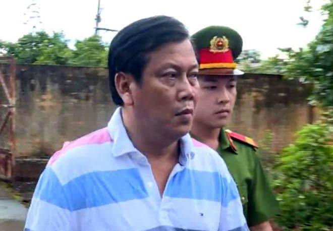 Đại gia Trịnh Sướng và đồng phạm sắp hầu tòa với cáo buộc sản xuất 3,5 triệu lít xăng giả trị giá 2.500 tỷ đồng - Ảnh 1.